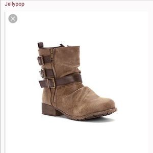 Strappy buckled moto boots